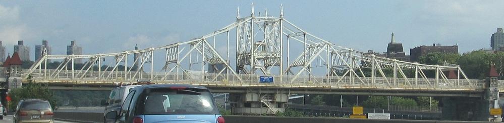 that u0026 39 s the macombs dam bridge  manhattan u0026 39 s gateway to yankee stadium  the western half is a